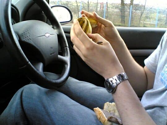 4000 Calorieën per week eten in de auto 1