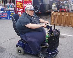 verdient deze mijnheer een invalidenparkeerplaats?